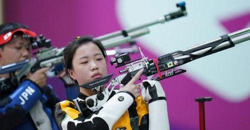 """女子10米气步枪产生奥运首金,中国""""00后""""直面印度冲击"""