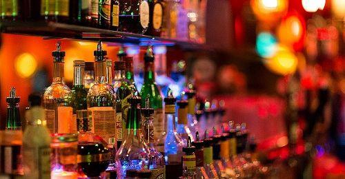 把小酒馆做到上市,海伦司除了流量还有什么?